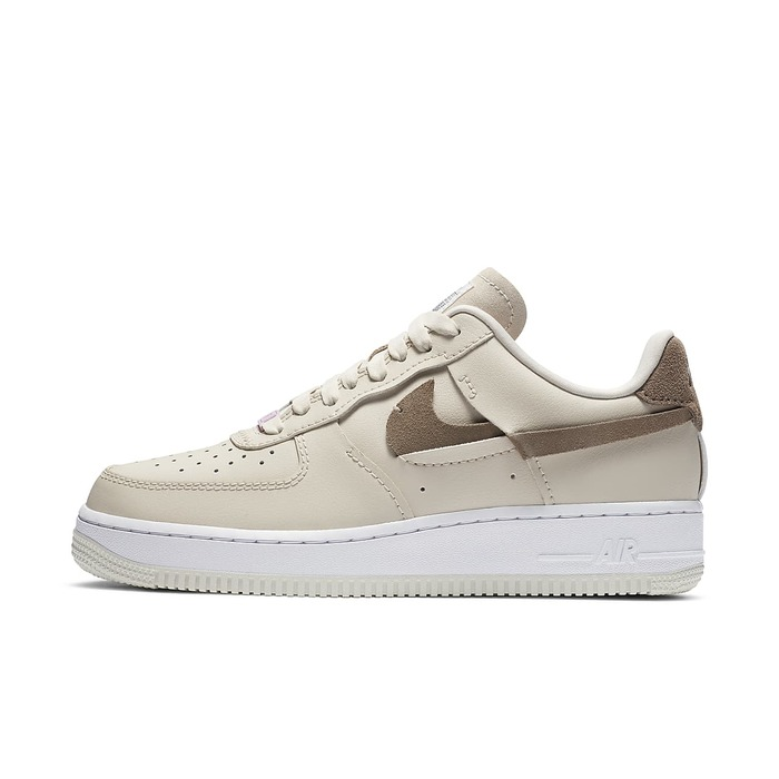 유럽직배송 나이키 NIKE Nike Air Force 1 LXX Women's Shoe DC1425-100