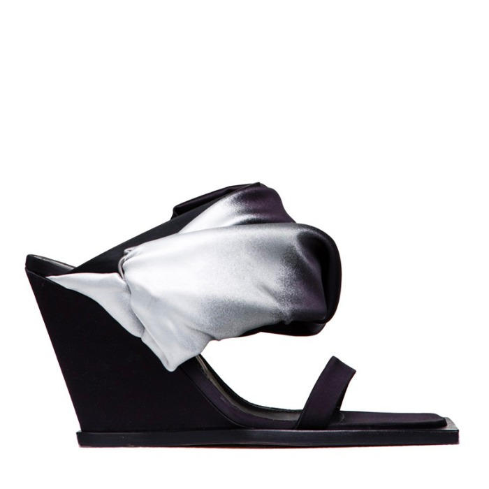 유럽직배송 릭오웬스 여성 웨지 샌들 RICK OWENS BUNDLED WEDGE SANDAL IN BLACK AND SILVER