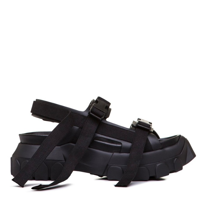 유럽직배송 릭오웬스 샌들 RICK OWENS LARRY TRACTOR HIKING SANDAL IN BLACK