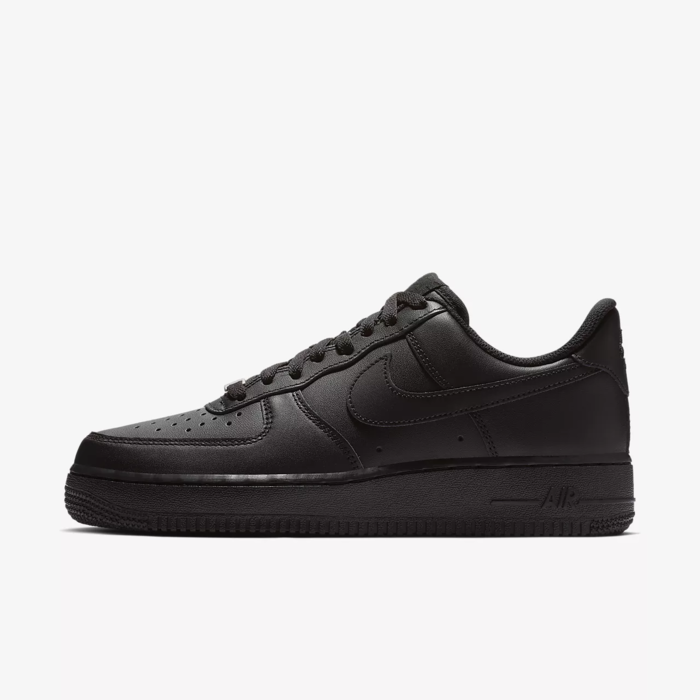 유럽직배송 나이키 NIKE Nike Air Force 1 '07 Triple Black Women's Shoe 315115-038