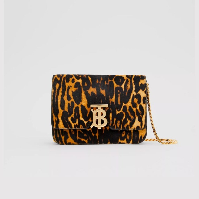 유럽직배송 버버리 스몰 숄더백 BURBERRY Small Leopard Print Calf Hair TB Bag 80257701