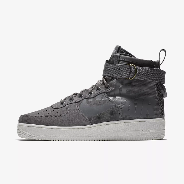 유럽직배송 나이키 NIKE Nike SF Air Force 1 Mid Men's Shoe 917753-007