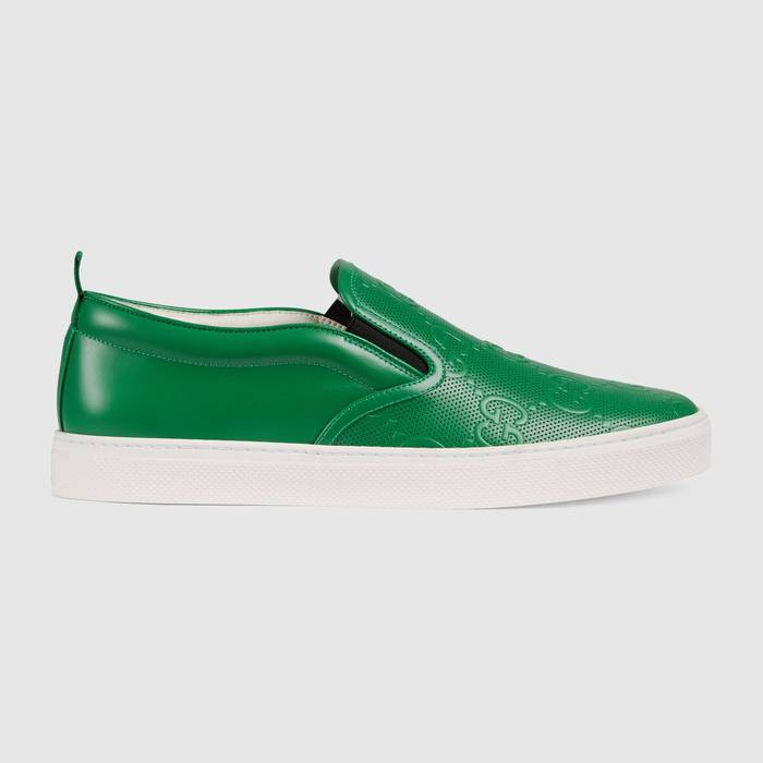 유럽직배송 구찌 GUCCI Gucci Men's GG embossed slip-on sneaker 4073641XK203776