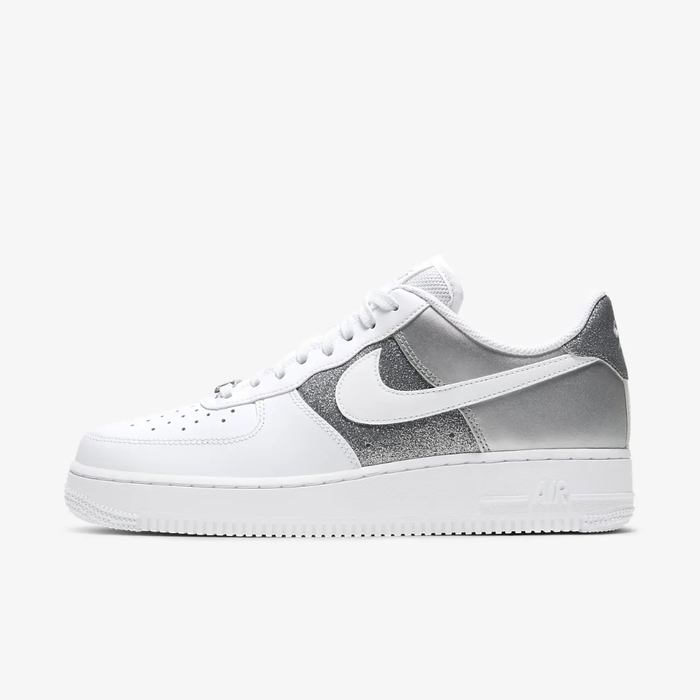 유럽직배송 나이키 NIKE Nike Air Force 1 '07 Women's Shoe DD6629-100