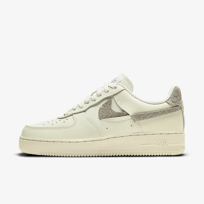 유럽직배송 나이키 NIKE Nike Air Force 1 LXX Women's Shoe DH3869-001